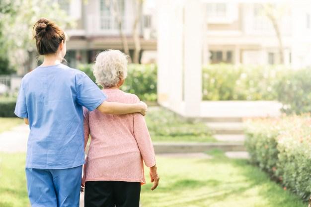 """Održana obuka """" Pružanje pomoći u kući odraslim i starim licima sa invaliditetom"""""""