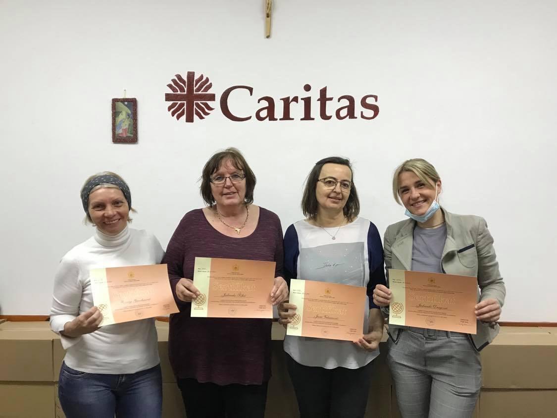 Dodijeljeni sertifikati članovima Caritasovog tima